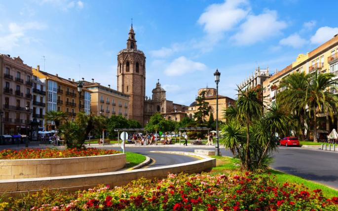 valencia-overview-Plaza-de-la-Reina-xlarge